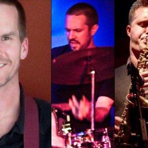 Image for 'Gold Sparkle Trio'