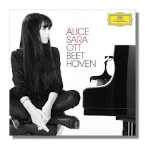 Image pour 'Alice Sara Ott Plays Beethoven'