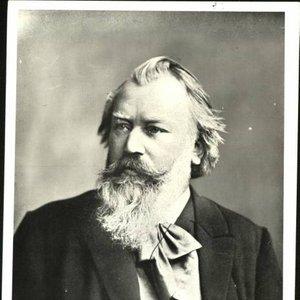 Imagen de 'Composer: Brahms; Conductor: Abbado - Vienna PO'