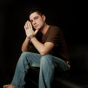 Sean Tyas photo