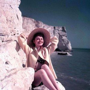 Image for 'Audrew Hepburn'