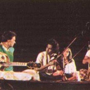 Bild för 'Shakti'