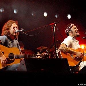 Image for 'Eddie Vedder & Ben Harper'