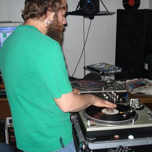 Image for 'Willie the Turntablist'