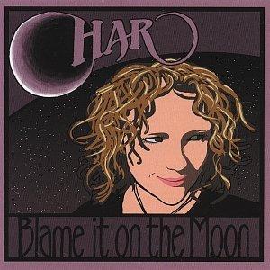 Imagem de 'Blame It On The Moon'