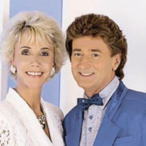 Image for 'Nina & Mike'