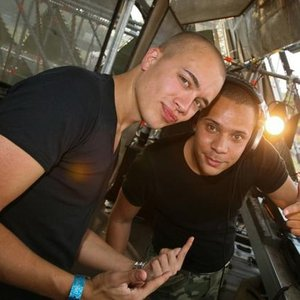 Image for 'Headhunterz vs. Wildstylez'