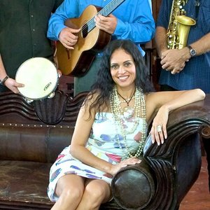 Image for 'Viviane De Farias'