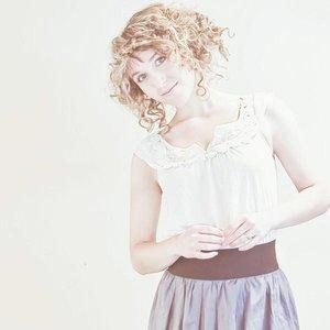 Image pour 'Annie Brooks'