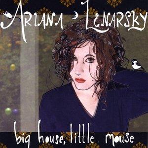 Immagine per 'Big House, Little Mouse'