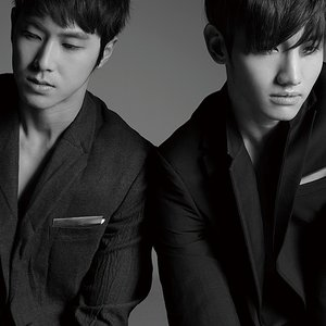 Image pour '東方神起'