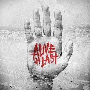 Immagine per 'Alive at last'