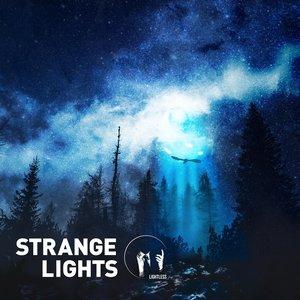 Imagen de 'Strange Lights'