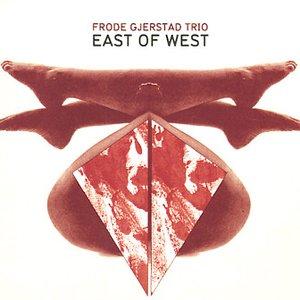 Imagem de 'East of West'