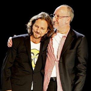 Image pour 'Eddie Vedder + Pete Townshend'