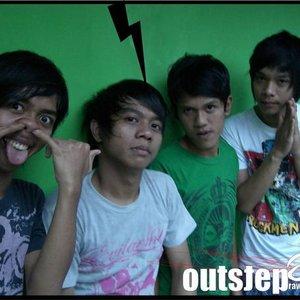 Imagen de 'OUTSTEP'