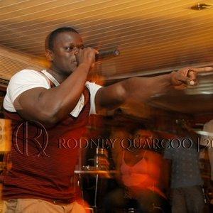 Bild för 'Macho Rapper'