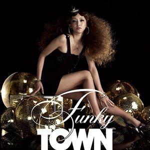 Imagem de 'FUNKY TOWN'