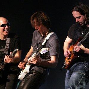 Image for 'G3 - Satriani, Vai, Petrucci'