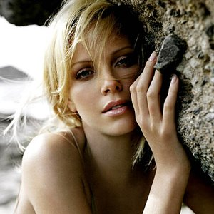 Image pour 'Charlize Theron'