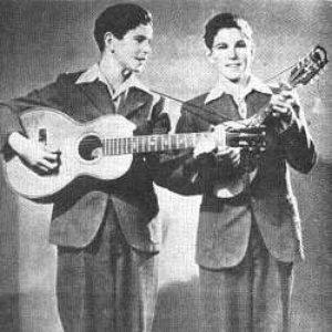 Bild für 'The Armstrong Twins'