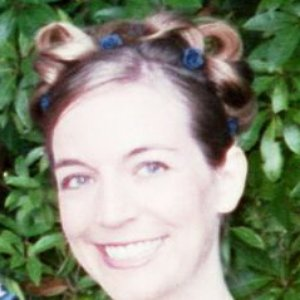 Bild för 'Monique Andrews'