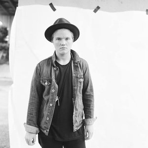 Image for 'Aaron Gillespie'