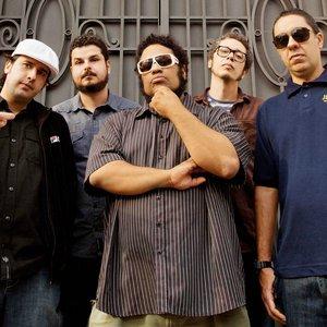 Bild för 'BNegão & Os Seletores de Frequência'