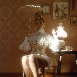 Bild för 'Beyoncé'