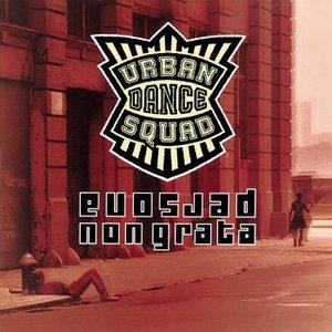 Imagem de 'Persona Non Grata / Chicago Live 1995'
