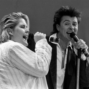 Image for 'Paul Young & Alison Moyet'