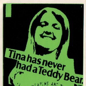 Imagem de 'Tina Has Never Had A Teddy Bear'