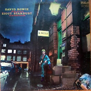 Image for 'The Rise & Fall of Ziggy Stardust & The Spiders From Mars'