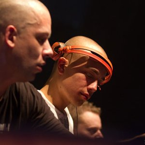 Image for 'Headhunterz & Noisecontrollers'