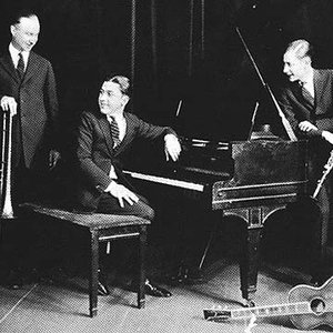Image for 'Muggsy Spanier & His Ragtime Band'