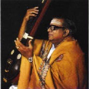 Bild für 'Maharajapuram Santhanam'