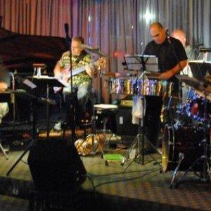 Bild für 'Brian Andres & The Afro-Cuban Jazz Cartel'