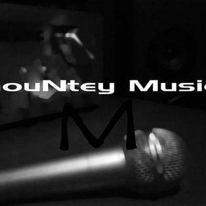 Image for 'mouNtey'