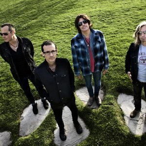 Bild für 'Stone Temple Pilots with Chester Bennington'