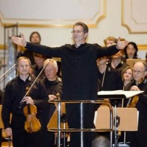 Image for 'City of Prague Philharmonic & Crouch End Festival Chorus'