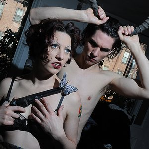 Image pour 'The Dresden Dolls'