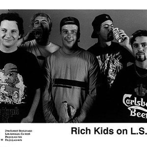 Image pour 'Rich Kids on LSD'