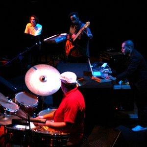 Imagem de 'Innerzone Orchestra'