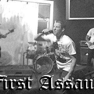 Imagem de 'First Assault'