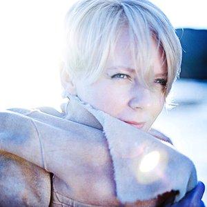 Bild für 'Ellie Williams'