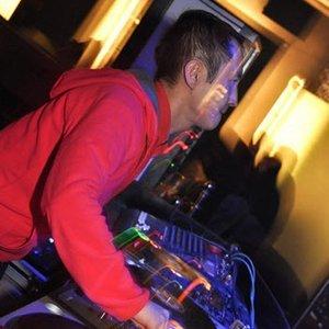 Bild för 'Tsoy mixed Top  May Chart Tunes 2010'