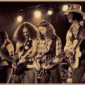 Bild för 'The Outlaws'