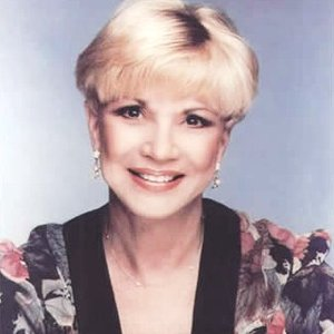 Image for 'Lynn Roberts'