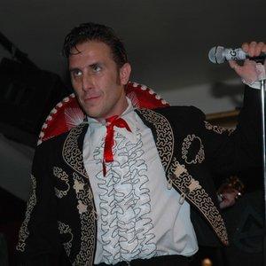 Image for 'Carlos & The Bandidos'