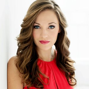 Image for 'Laura Osnes'